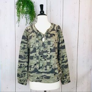 [Monrow] Camo Lace Up Fleece Sweatshirt